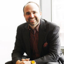 Telling a Different Story: Joe Pulizzi Talks Small Business Content Marketing [+ Book Giveaway!]