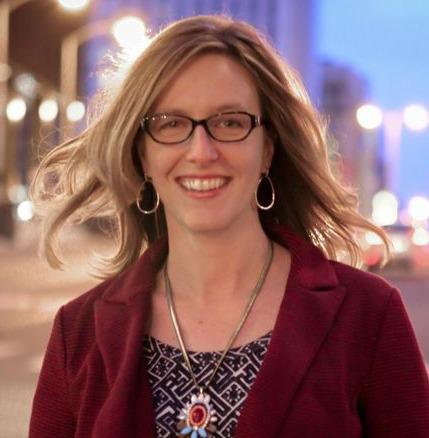 Lara Galloway headshot 2013