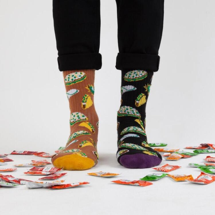 taco-bell-socks-2