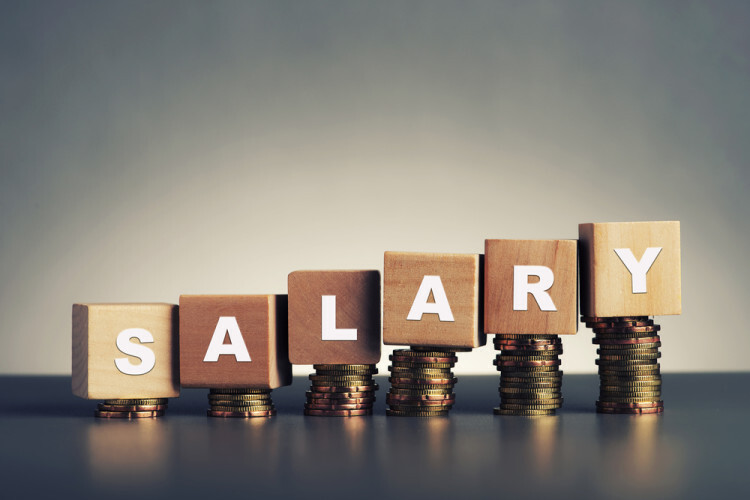 When is the Right Time to Pay Yourself a Salary? | Bplans